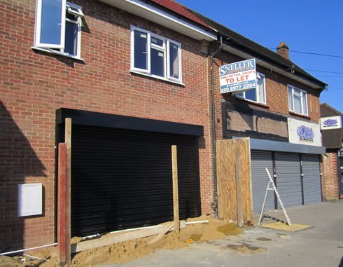 3RD OF 4 RETAIL UNITS LET IN PARADE IN SUNBURY