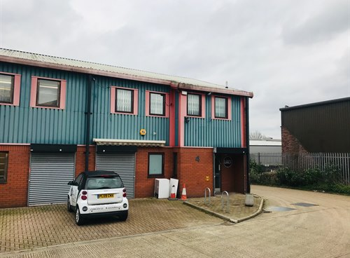 Unit 4 Lion Centre, TW13 6DS